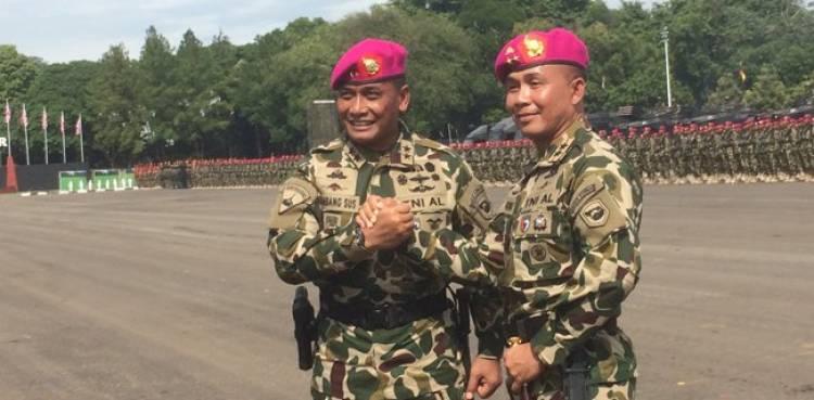 Mantan Danpaspampres Resmi Jabat Komandan Korps Marinir
