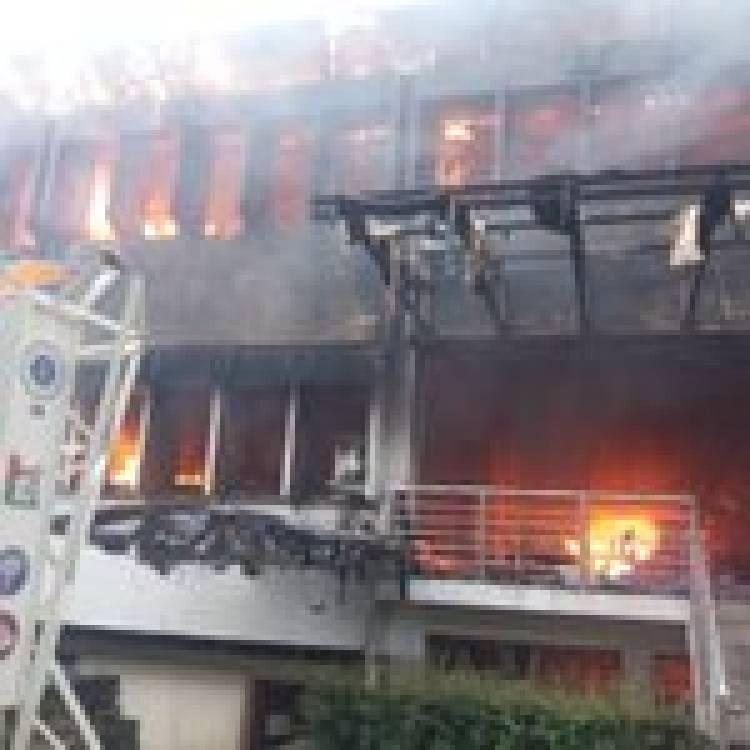 Gedung SBM ITB Terbakar Hebat