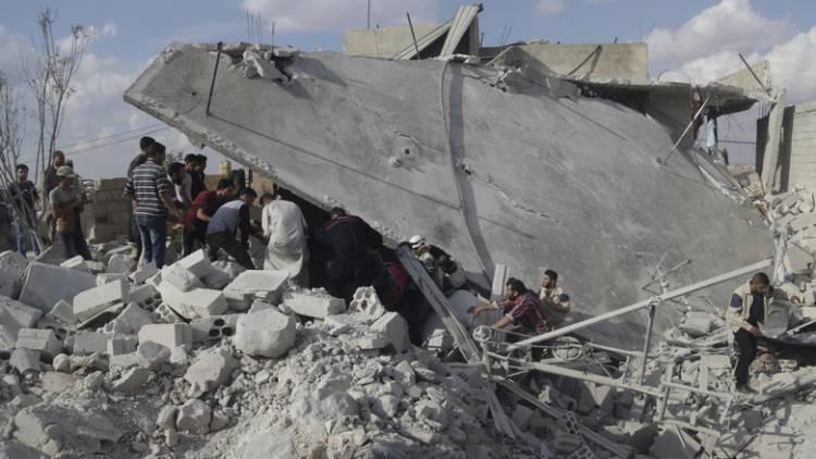 Bayi Laki-Laki Ditemukan Hidup Setelah 35 Jam di Bawah Reruntuhan Bangunan