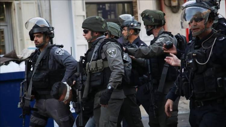 Biadab! Tentara Yahudi Israel Menjarah dan Tahan 15 Orang Palestina dari Tepi Barat