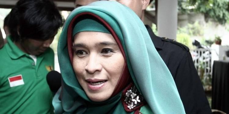 Neno Warisman Tunda Kunjungan ke Tanjungpinang