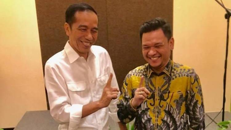 Ragukan Prabowo, Jubir TKN: Jokowi Mampu Lawan Kekuatan Oligarki Ekonomi-Politik