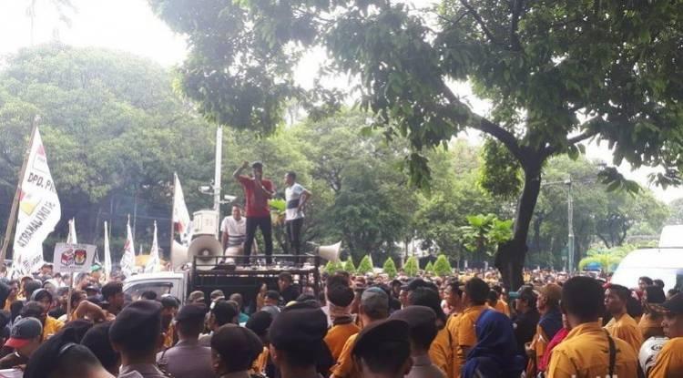 Massa Hanura Demo di KPU Minta OSO Masuk Caleg DPD