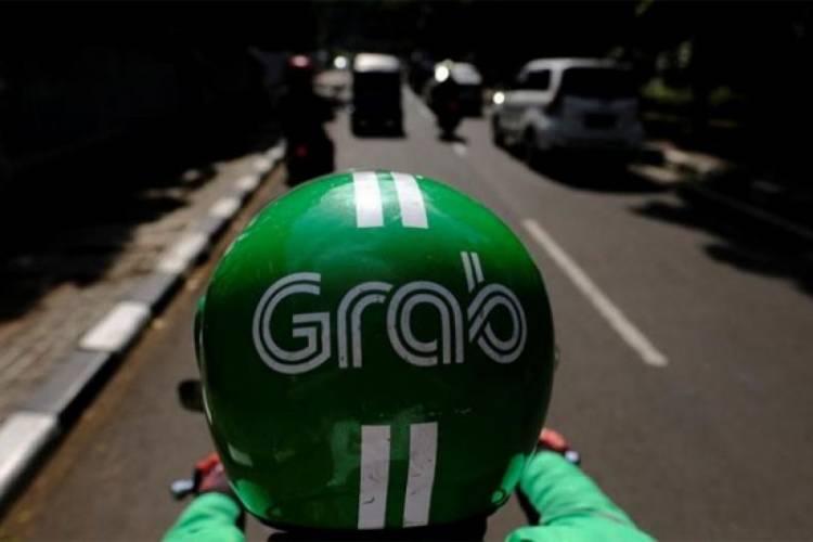 Diduga Lecehkan Penumpang, Grab Nonaktifkan Akun Mitra Pengemudi GrabBike di Jombang