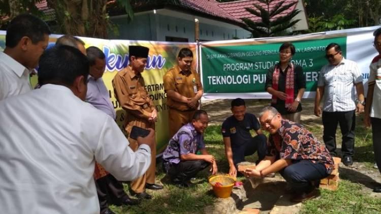 Universitas Riau Buka Prodi Vokasi Pulp dan Kertas, Ini Kata  Menristekdikti