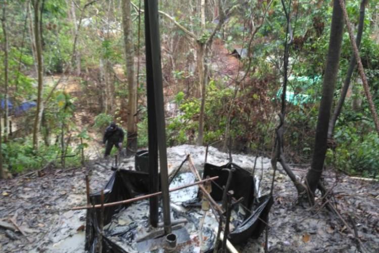 Taman Hutan Rakyat Pun Dirambah Penambangan Minyak Illegal di Batanghari