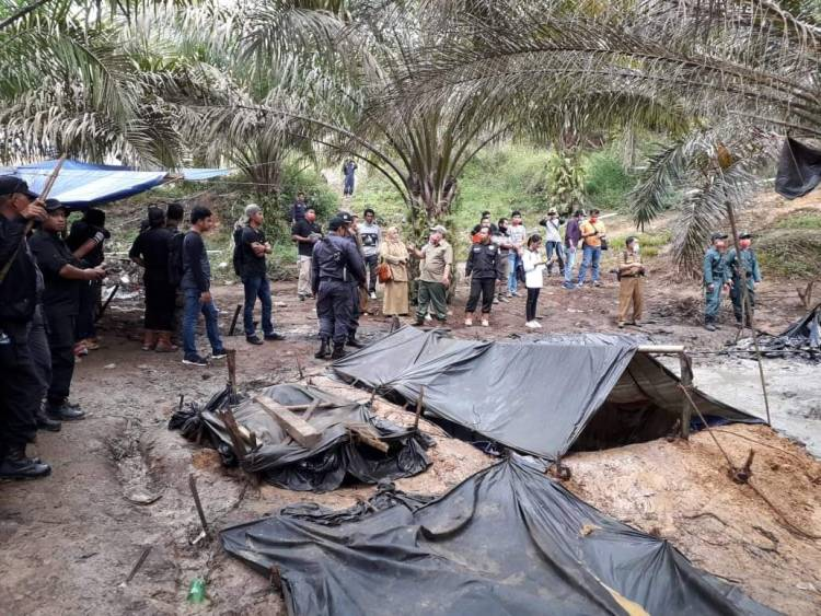 Marah-marah Karena Illegal Drilling, Bupati Syahirsah: Pertamina Punya Dana Tapi Cuek!