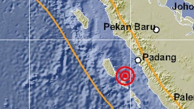 Hingga Malam Ini Gempa Susulan 5.0 SR Masih Terjadi di Mentawai