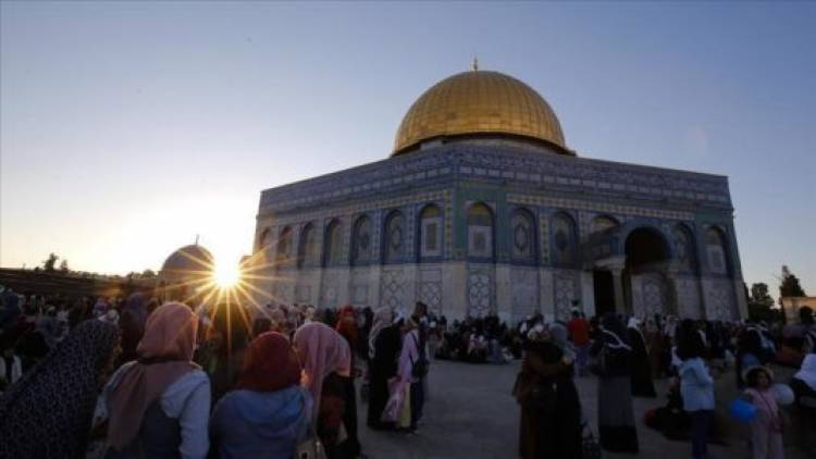 Militer Israel Larang Tujuh Wanita Palestina Masuk Al-Aqsha