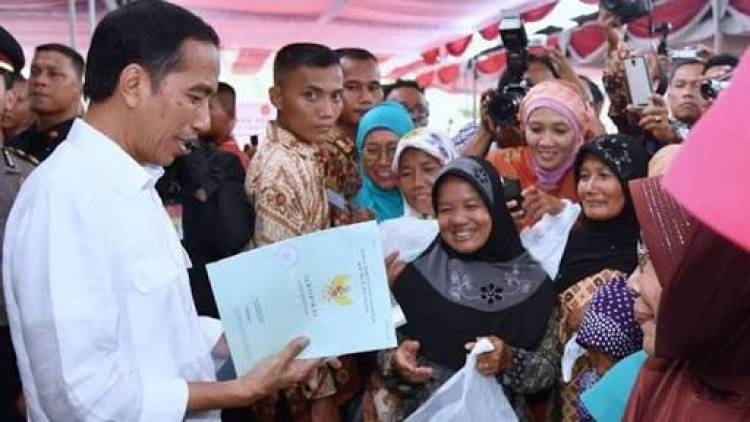 Pak Jokowi Katanya Sertifikat Tanah Gratis, Kenapa Ada Warga Bayar Rp 2,5 Juta?