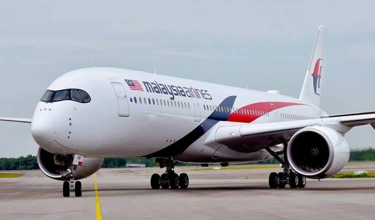 BREAKING NEWS! Pesawat Malaysia Airlines Jakarta-Malaysia Mendarat Darurat di Bandara Jambi