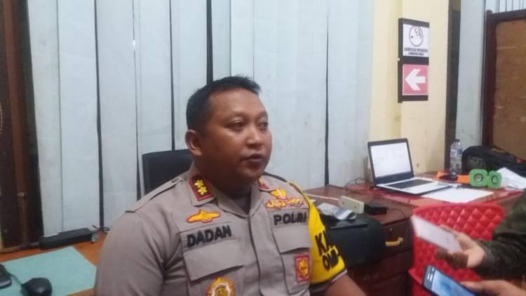 Gerebek Lokasi Prostitusi di Sungai Baung, Polisi Kejar-kejaran & Lepaskan Tembakan