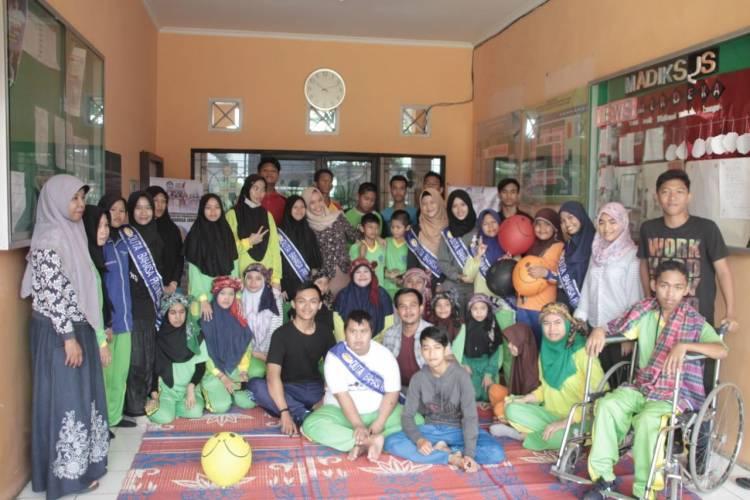 Dubas Jambi Memperingati Hari Bahasa Ibu Sedunia Bersama Anak Spesial
