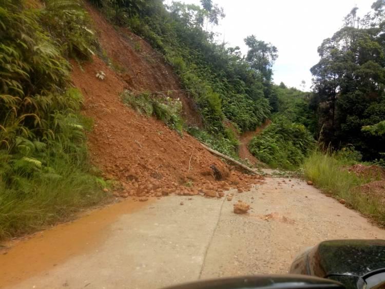 Setelah Dilanda Banjir, Jalan Batangasai-Sarolangun Kembali Longsor