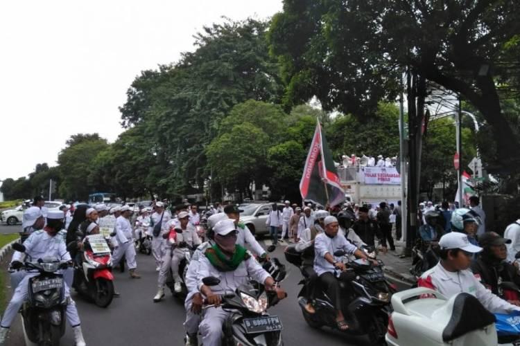 Dua Kubu Demo, Ketua KPU Minta Tidak Langgar Aturan