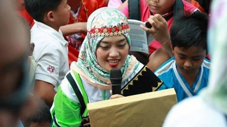 KPK Panggil Bupati Lampung Timur Cantik Ini