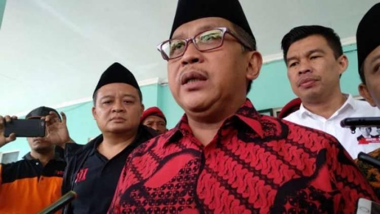 TKN Bela Jokowi: Pak Jokowi Sejak Walikota Sering Bertemu Rakyat