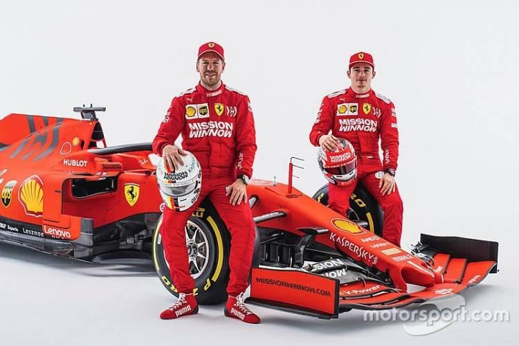 Duo Pebalap Ferrari Vettel e8db383bde