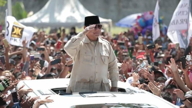 Probowo Diberi Gelar Datok Sri Setia Negara dari Istana Kadriah Kesultanan Pontianak