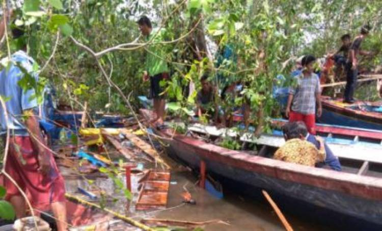 Speedboat di Banyuasin Tabrak Pohon Pedodo Tujuh Tewas, 10 Selamat