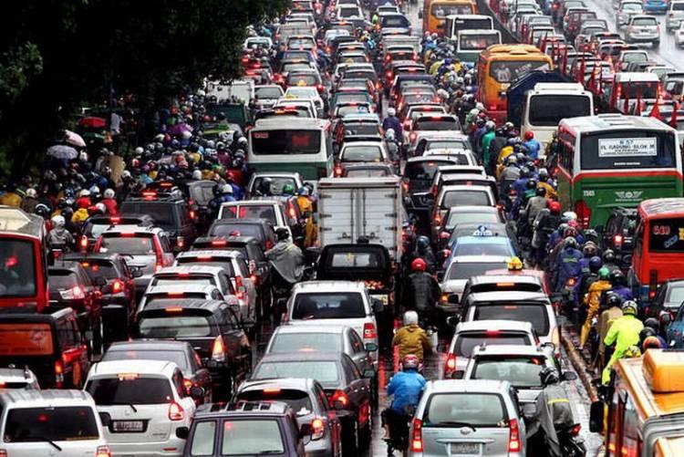 Soal Kerugian Kemacetan Rp100 T, Presiden: Hilangkan Ego Kementerian, Ego Daerah