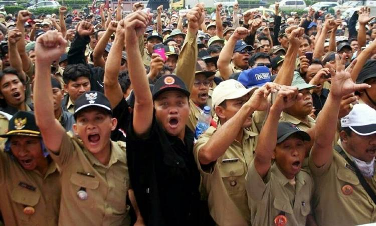 Wow! Kades Se-Indonesia Diminta Rp3 Juta untuk Hadiri Silahturahmi Nasional dengan Presiden