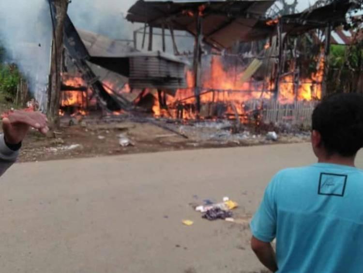 Ditinggal Sebentar, Rumah Makan Milik Warga Jangkat Ludes Terbakar
