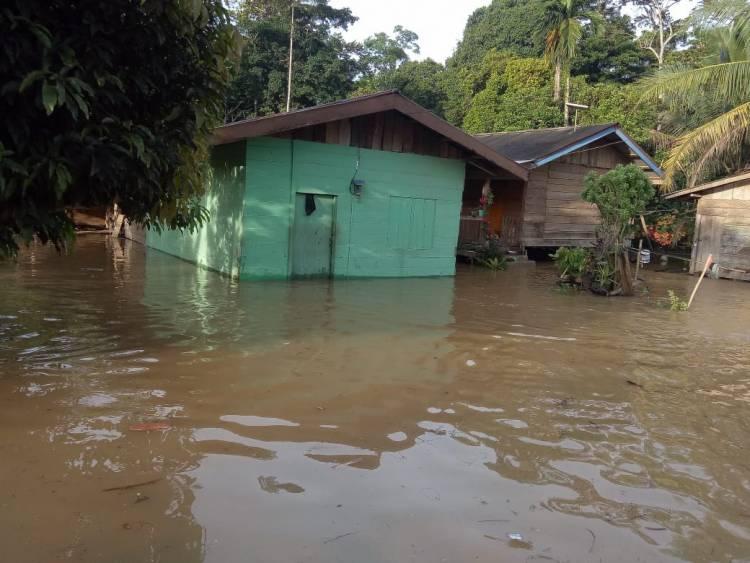 Banjir Terjang Tiga Desa di Sarolangun