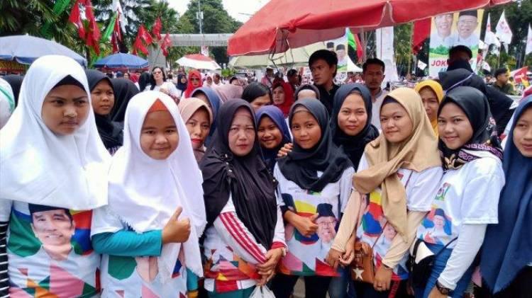 Jokowi: Jangan Remehkan Kekuatan TNI