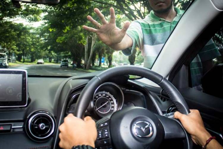 Miko Kamal PhD: Penarikan Kendaraan Harus Berdasarkan Putusan Pengadilan