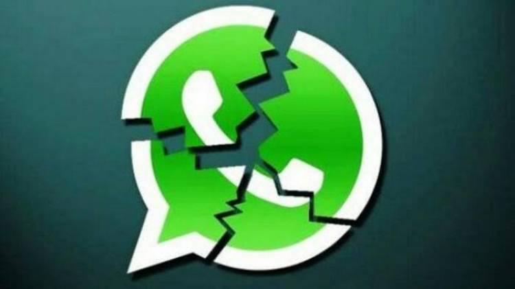 Lebih dari Satu Jam WhatsApp, Facebook & Instagram Down