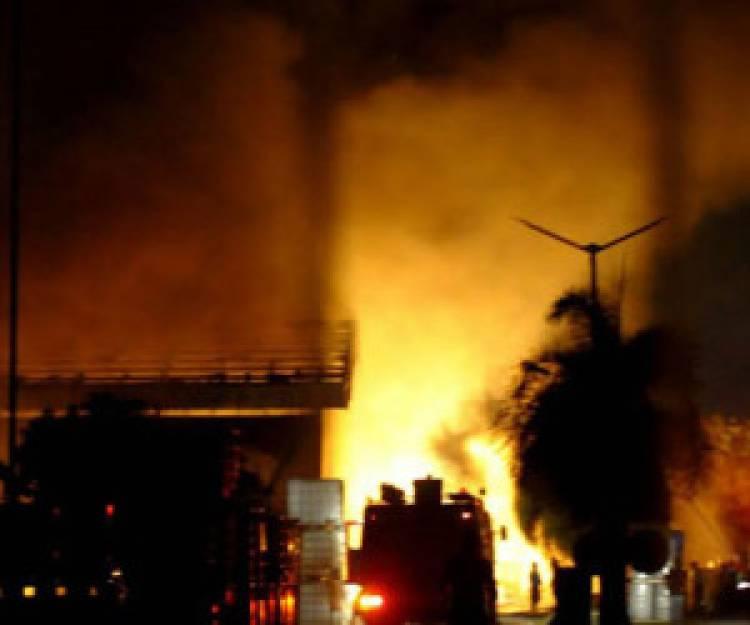 Pabrik Pembuatan Kasur di Ciburial Sukabumi Terbakar
