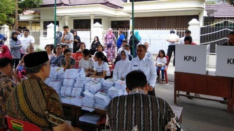 Lagi Hitung Suara, Ketua KPPS di Riau Terserang Stroke