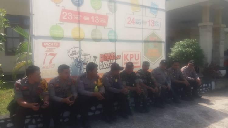 TNI & Polri Perketat Pengamanan Pleno KPU Sarolangun