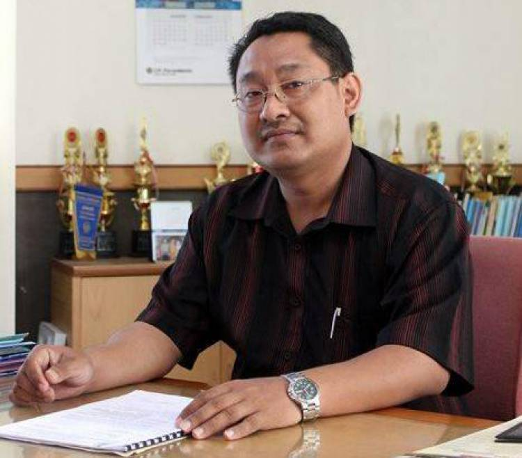 "Rektor UMP Ini Sebut ""People Power"" Berbahaya Bagi Kepentingan Negara"