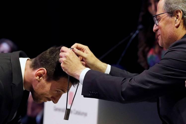 Messi Dianugerahi Penghargaan