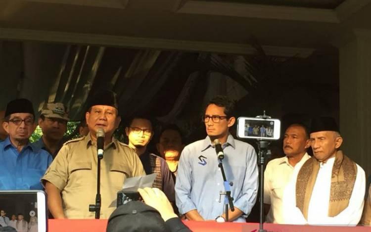Prabowo Kunjungi Kediaman Arifin Ilham
