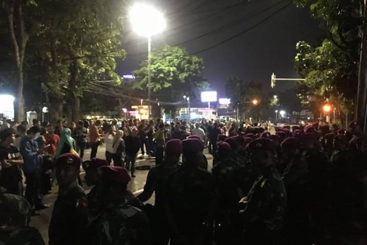 Jalan Abdul Moeis Ditutup Saat BPN Tiba di MK