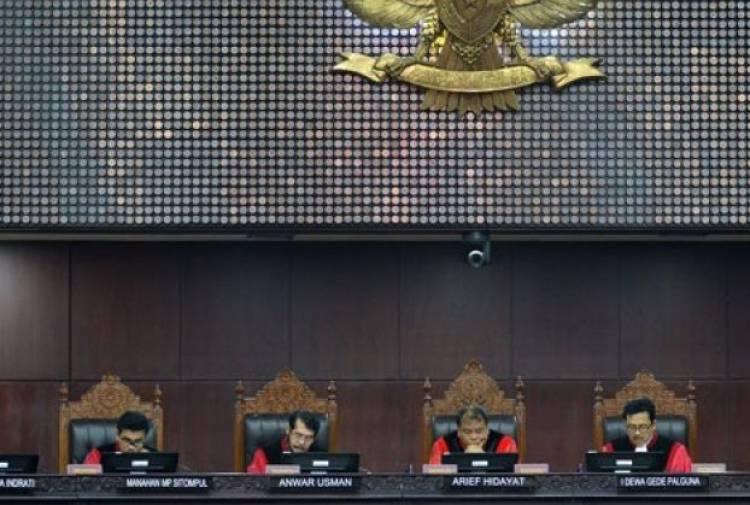 Bukti Cuma Link Berita, Prabowo-Sandi Bisa Jadi Bulan-Bulanan di MK