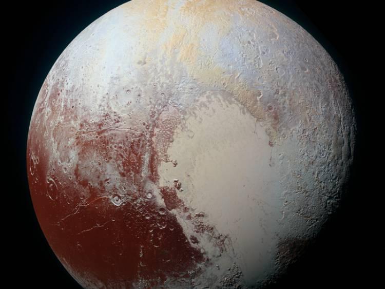 Betulkah Pluto Memiliki Adanya Air?