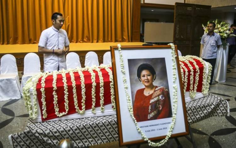Wan Azizah Bela Sungkawa Meninggalnya Ani Yudhoyono