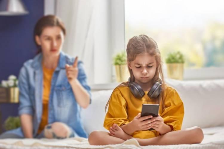 KPAI: Orang Tua Harus Atasi Anak Kecanduan Gawai