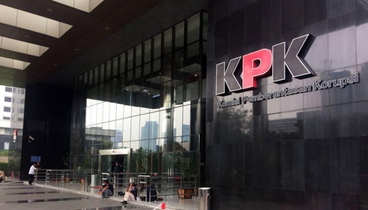 KPK Lelang Barang Rampasan Koruptor dan Action Figure Zumi Zola