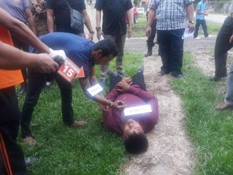 SAKIT HATI Begini Pelaku Bunuh Ustadz Abdul Fattah, 27 Adegan Diperagakan