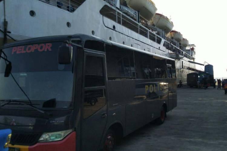 28 Orang Rombongan Dugaan Terkait Pidana Terorisme Diangkut Kapal ke Semarang