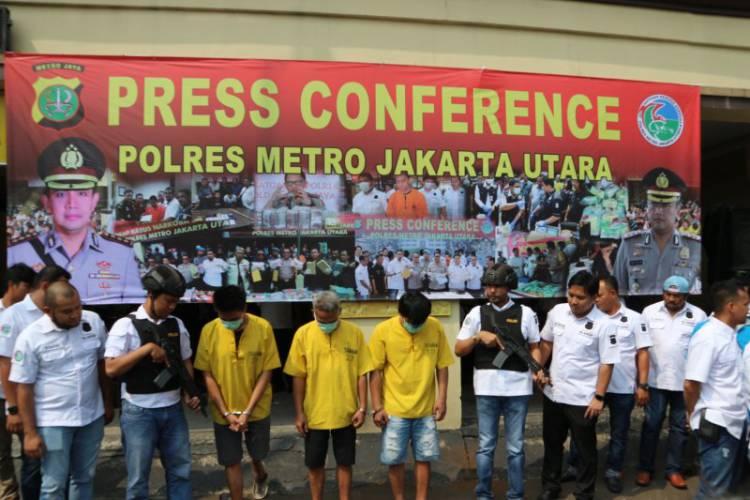 Polisi Dalami Jaringan Internasional Penyenludupan 15 Kg Sabu-Sabu