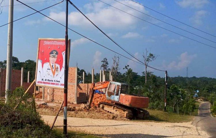 Foto Al Haris Terpampang di Kompleks Perkantoran Pemkab Sarolangun