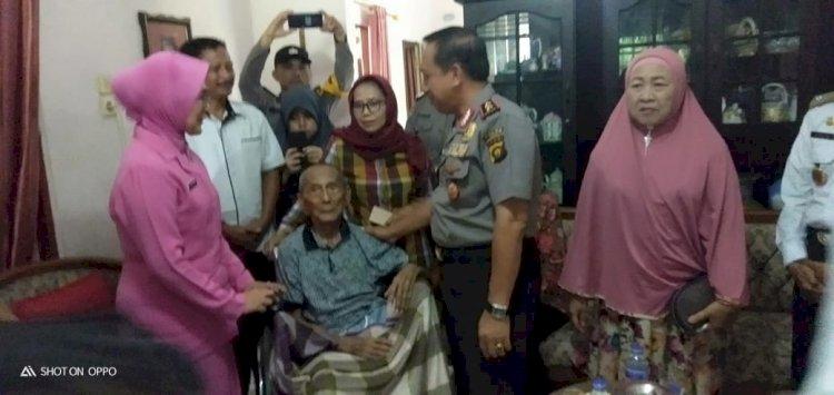 Kunjungi Rumah Purnawirawan Polri, Kapolda: Mereka Ini Sesepuh Polri