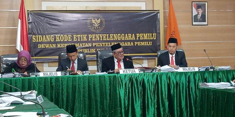 Sidang DKPP Kode Etik KPU Sarolangun, Hakim Tanya Soal Proses KPU Seperti di Media Online