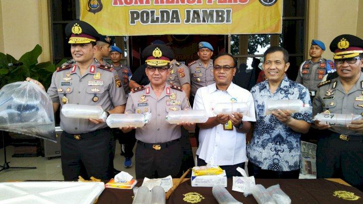 Polisi Gagalkan Penyelundupan Benih Lobster dan Sidat Senilai Rp87,375 Miliar